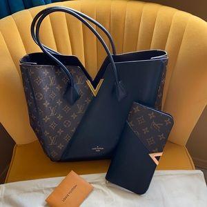 Louis Vuitton kimono bag and wallet Authentic